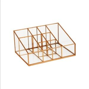 Gold glass organizer